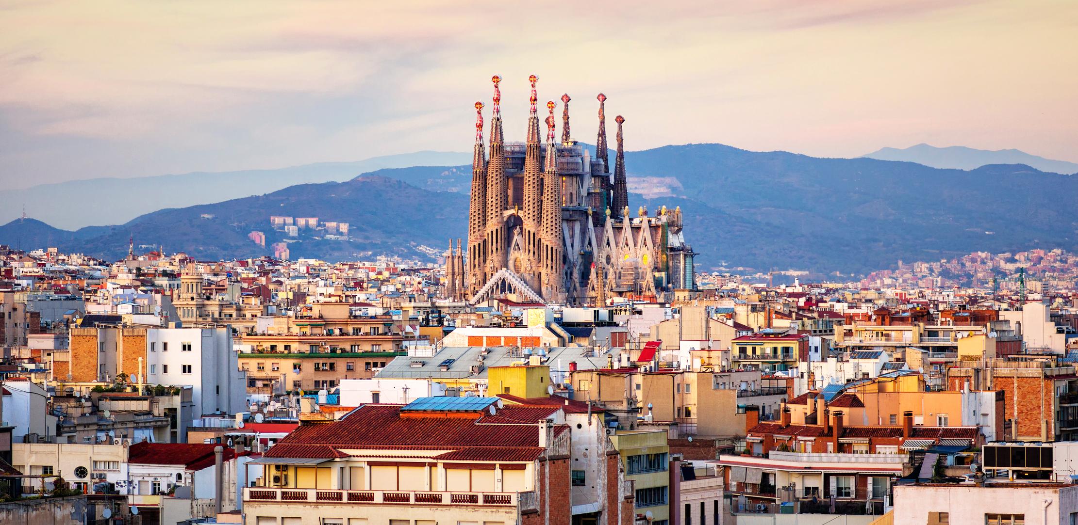 Loty do Barcelony z Warszawy na pierwszy tydzień grudnia
