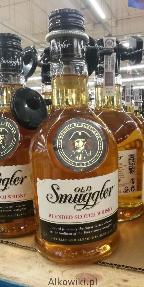 Old Smuggler Blended Scotch Whisky 40% 0,7l w Auchan za 34,98