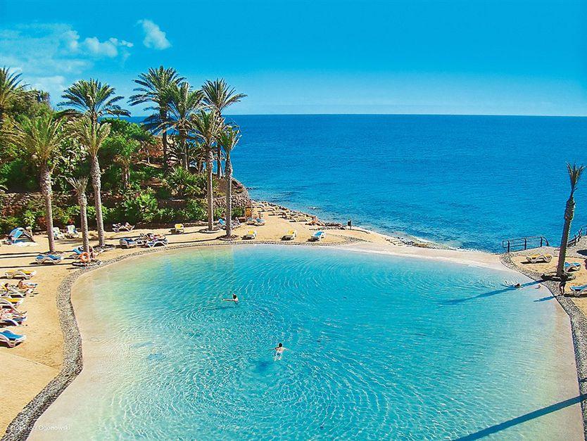 Fuerteventura last minute z wyżywieniem! Luksusowy 5* hotel SPA blisko plaży: 2654 PLN!