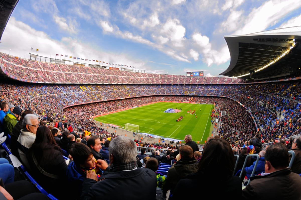 Liga Mistrzów: FC Barcelona-Borussia Dortmund z Warszawy za 1110 PLN (pełen pakiet)