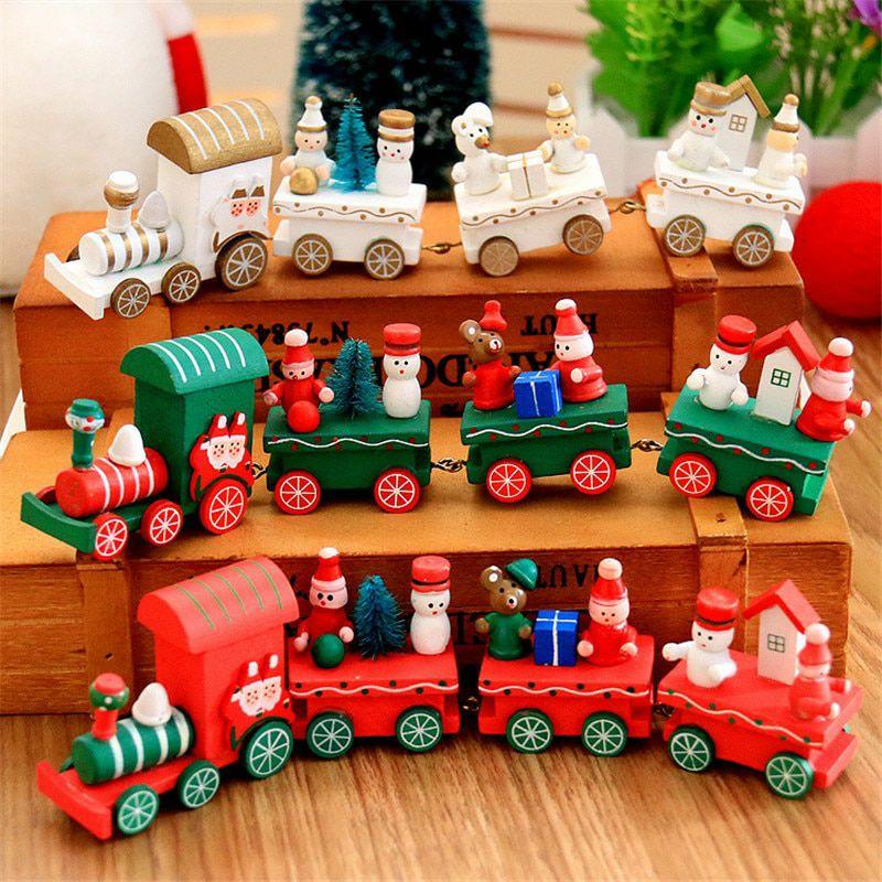Świąteczny, drewniany pociąg