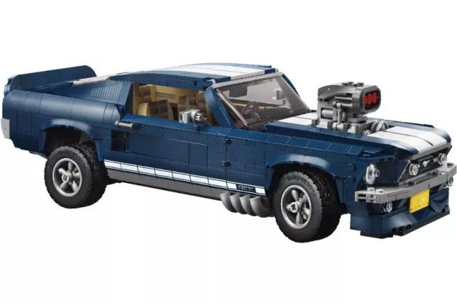 Klocki Ford Mustang z - 41,99 USD, możliwe 38,99 USD