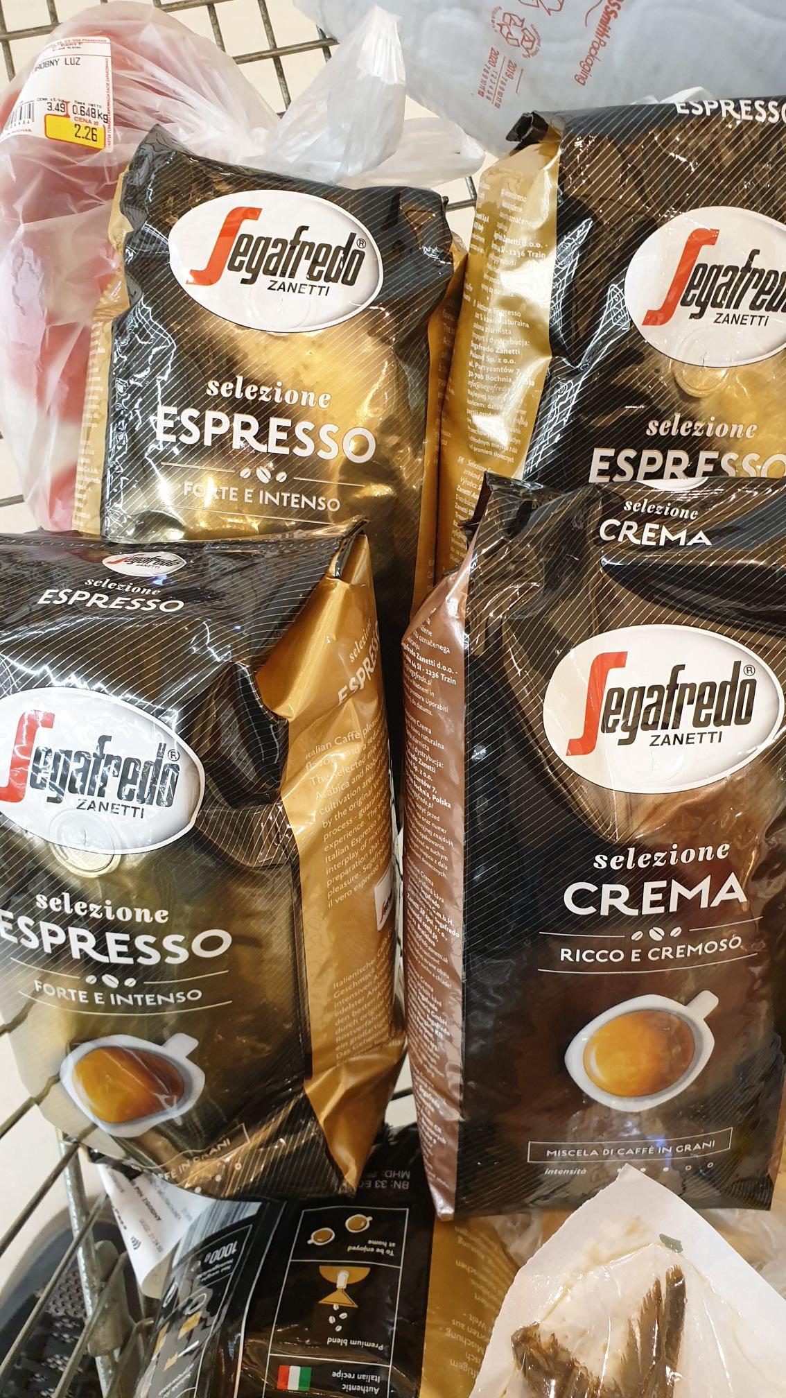 Auchan  kawa ziarnista 1 kg Sagafredo Espresso lub Crema.
