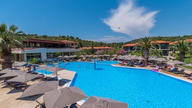 Chalkidiki: Bardzo dobrze oceniany 4* hotel z all inclusive i przy plaży za 1530 zł