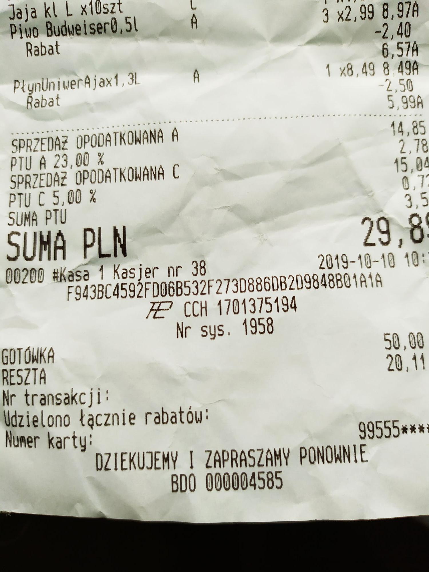 Biedronka: Piwo Budweiser 0,5 l po 2,19 zł za sztukę przy zakupie 3 butelek.