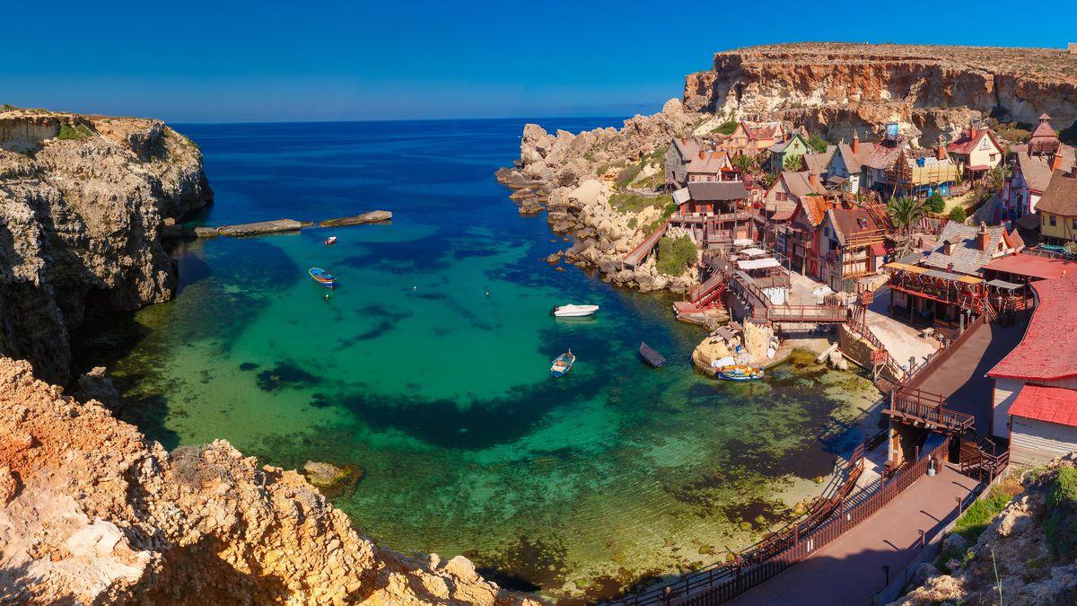 Rodzinne ferie na Malcie! 4* hotel z wyżywieniem i wewnętrznym basenem: 938 PLN/