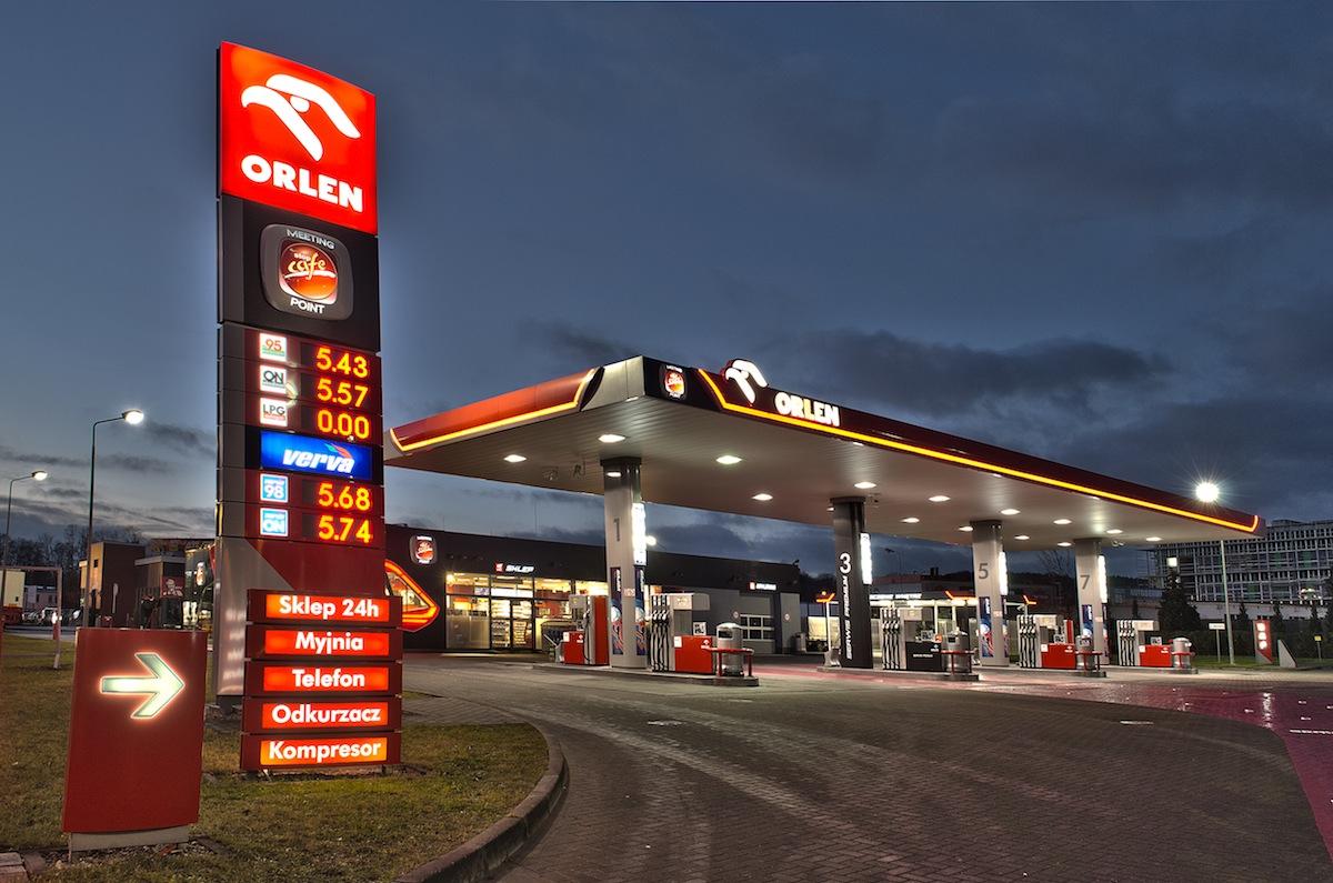 Olej Verva i Benzyna 98 w cenie normalnego paliwa Orlen lotnisko Gdańsk