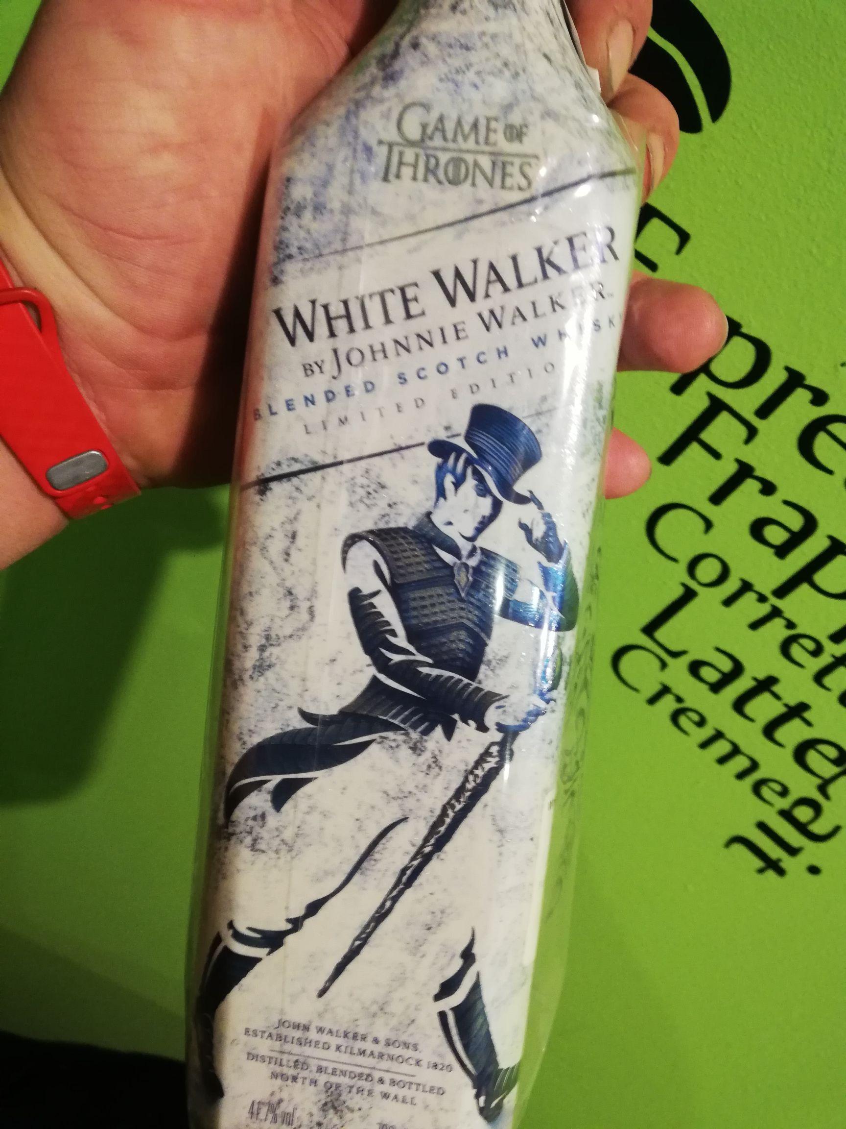 White Walker whisky Delikatesy Centrum