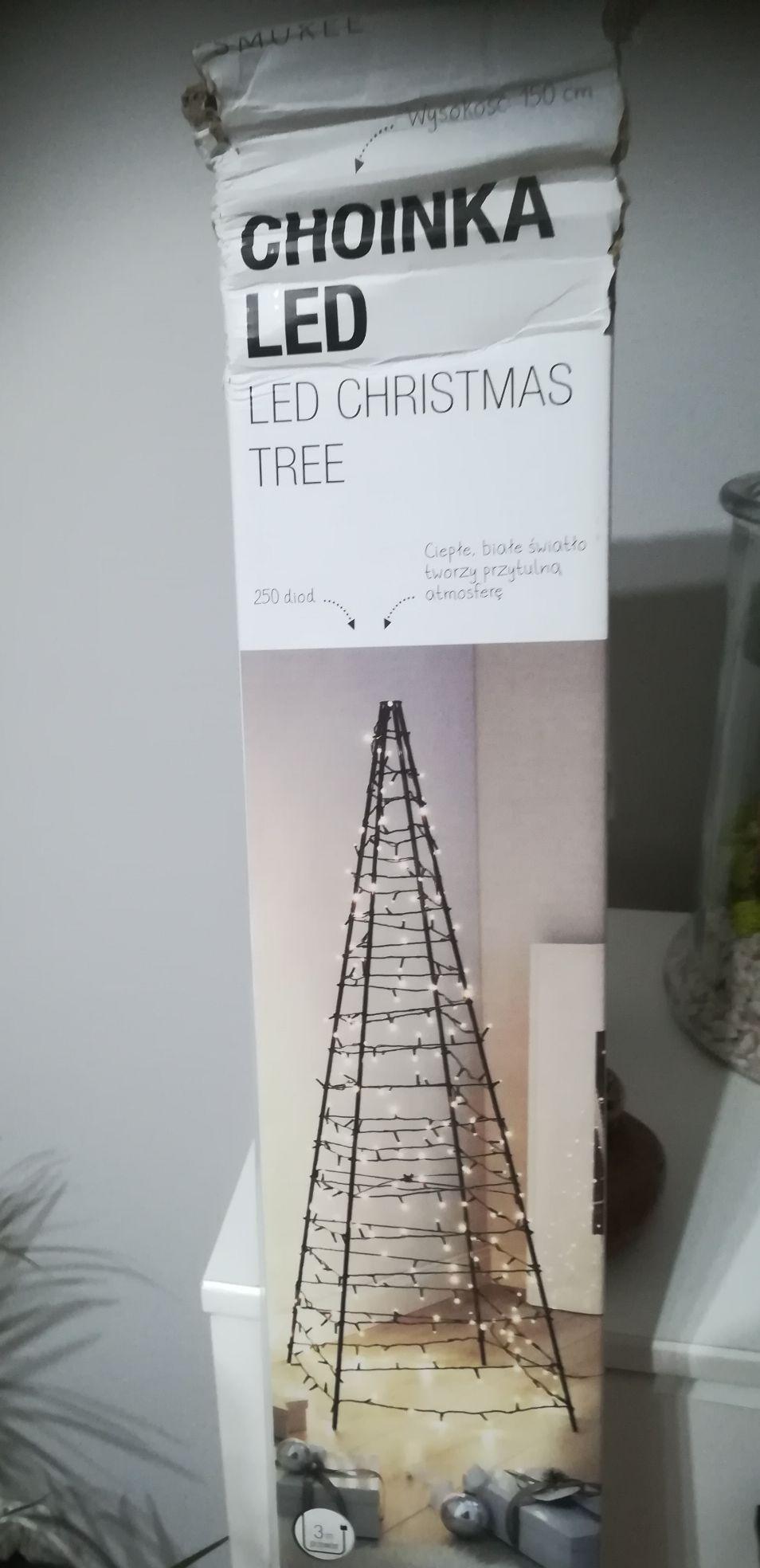 Biedronka Choinka Led 150 cm