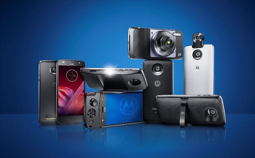 Motorola Moto Mods, Gamepad - 99 zł, Camera 360 -179 zł, Polaroid Insta Share -309 zł, Stacja dokująca -199 zł