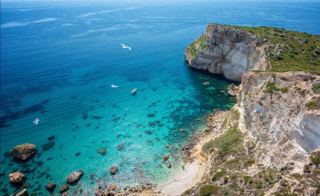Weekend na słonecznej Sardynii 3 Nocki Cagliari w za 381/PLN osoba w cenie LOT/TRANSFER/HOTEL