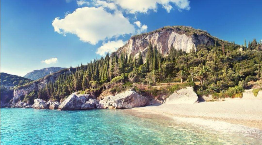 Majówka tydzień na Korfu za 834 PLN loty/transfery/Hotel z Basenem