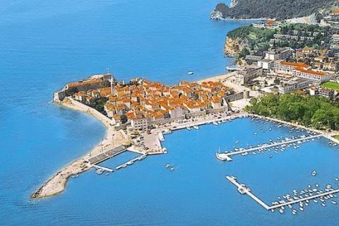 Zarezerwuj kawałek raju! Wakacyjny tydzień dla czworga w Czarnogórze za 796 PLN/os!