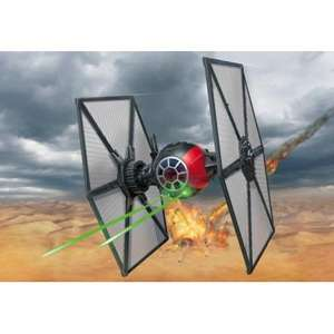 Model Star Wars First Order Tie Fighter