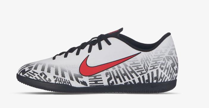 Wyprzedaż męskich i juniorskich butów piłkarskich ZogdFC (Nike Vapor 12 Club za 138,99 zł)