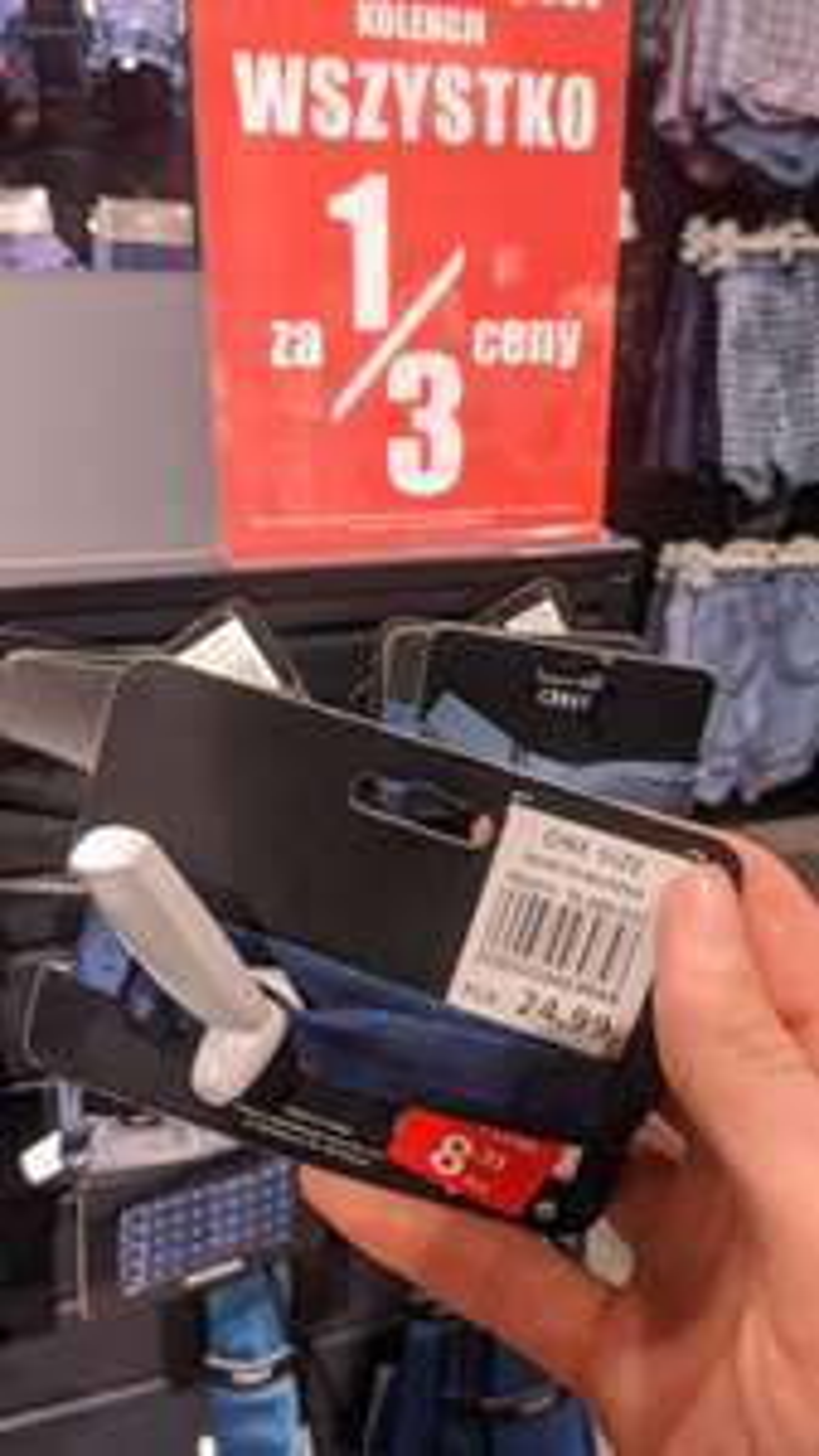 Carry likwidacja kolekcji akcesoria za 1/3 ceny np muszka