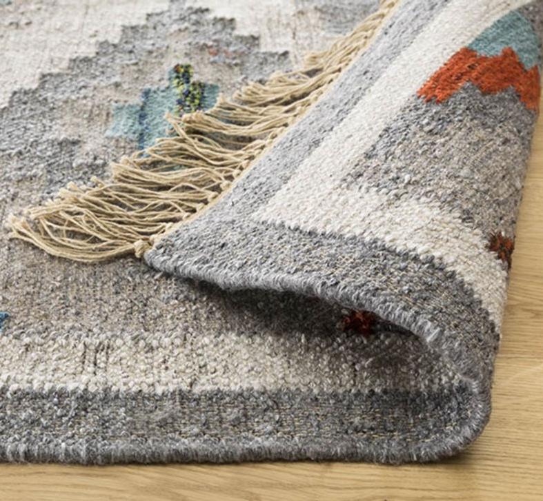 wybrane dywany wełniane