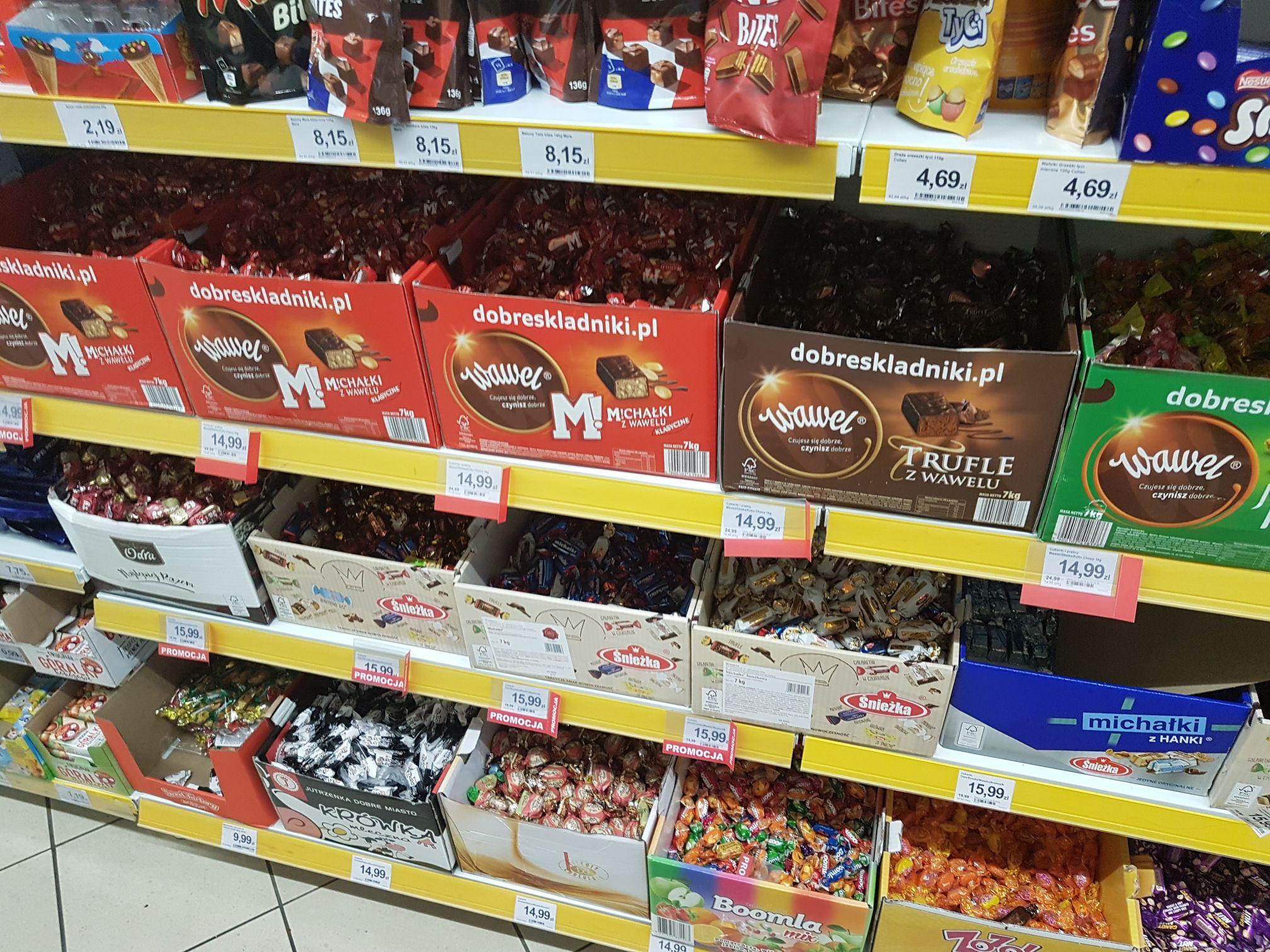 Cukierki czekoladowe Wawel w Dino