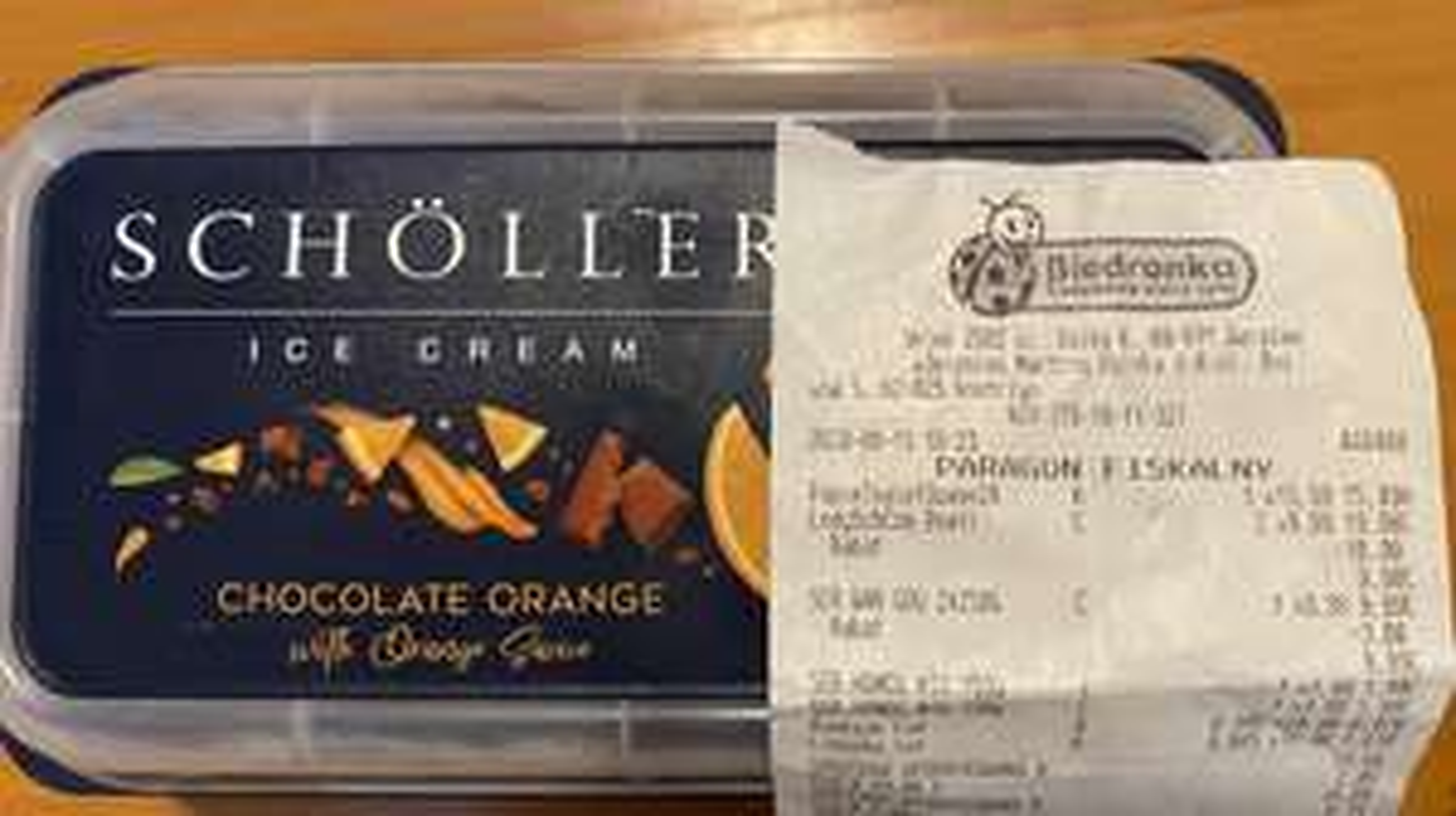 Lody Scholler Chocolate Orange 1L BIEDRONKA