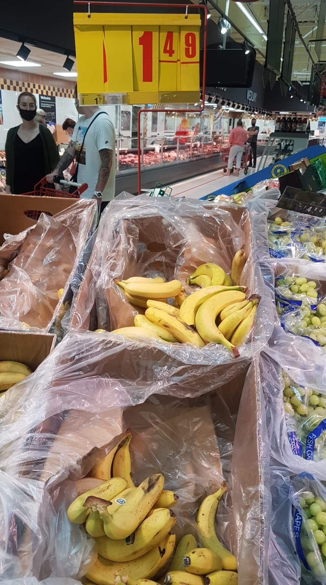 Banany 1.49/kg