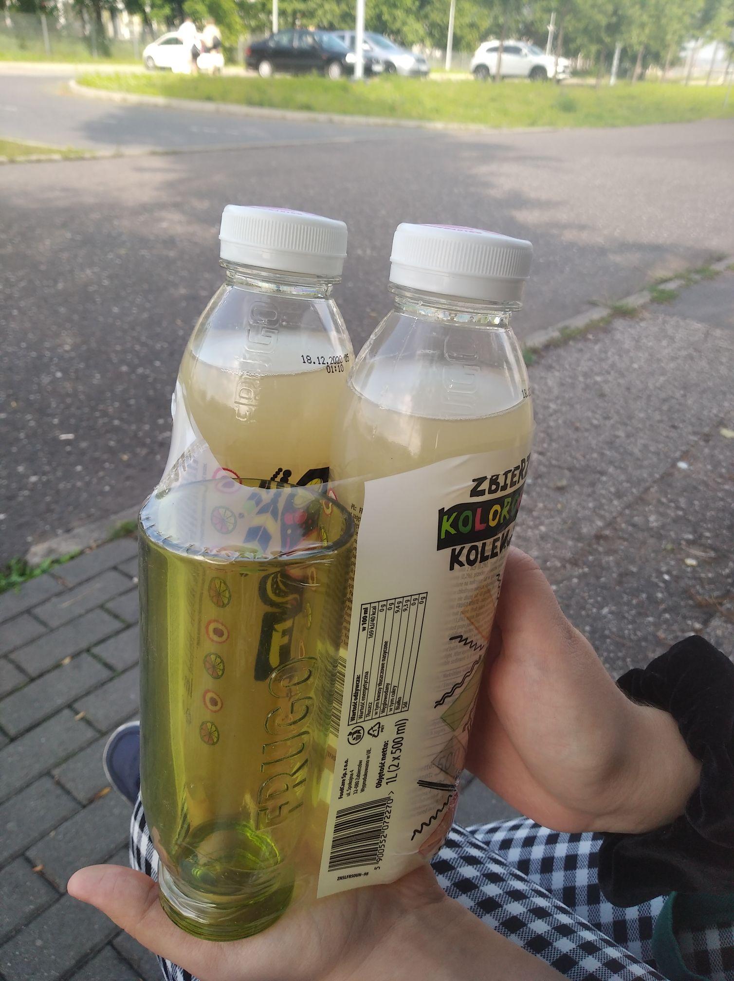 2xfrugo + szklanka w Biedronce