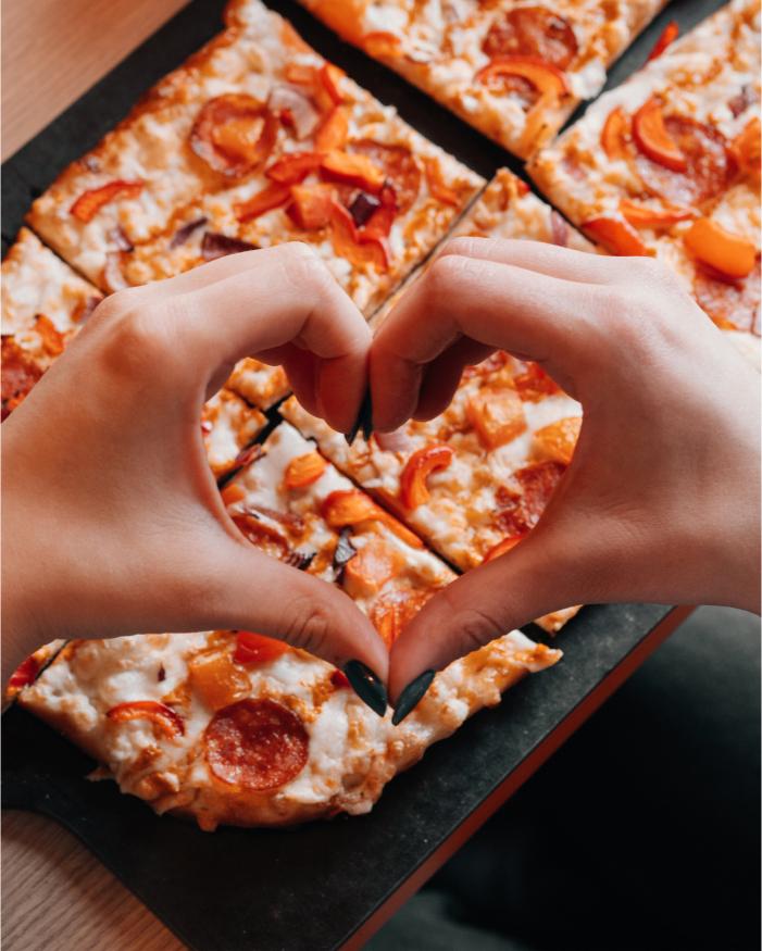Warszawa - bezpłatna pizza - rondo ONZ