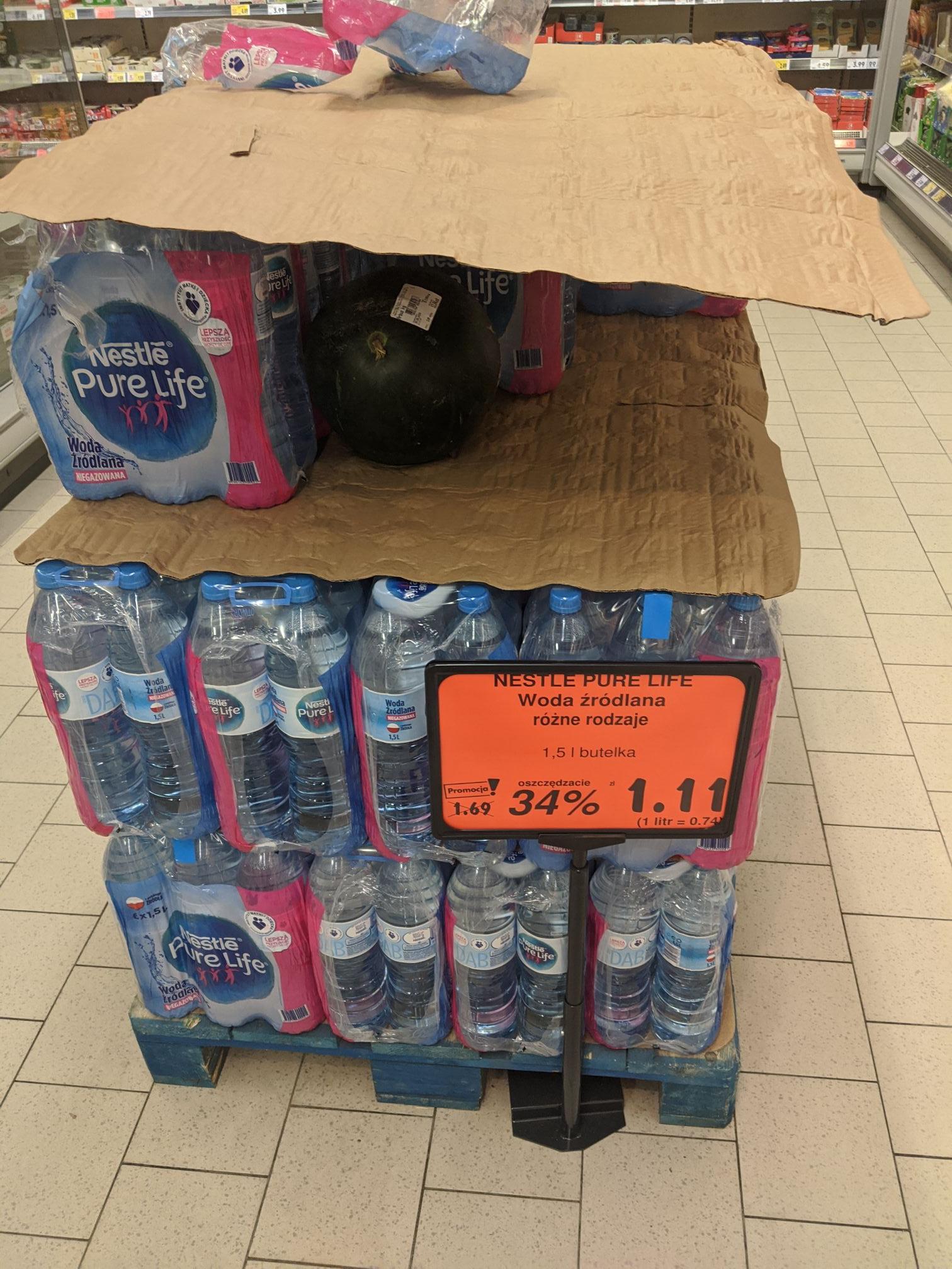 Woda źródlana gazowana, niegazowana 1.5L Nestle Pure Life . Kaufland
