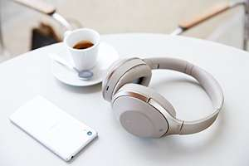 Słuchawki Sony MDR1000XC.CE7 (Bluetooth, aktywna redukcja hałasu zewnętrznego) @ Amazon.es