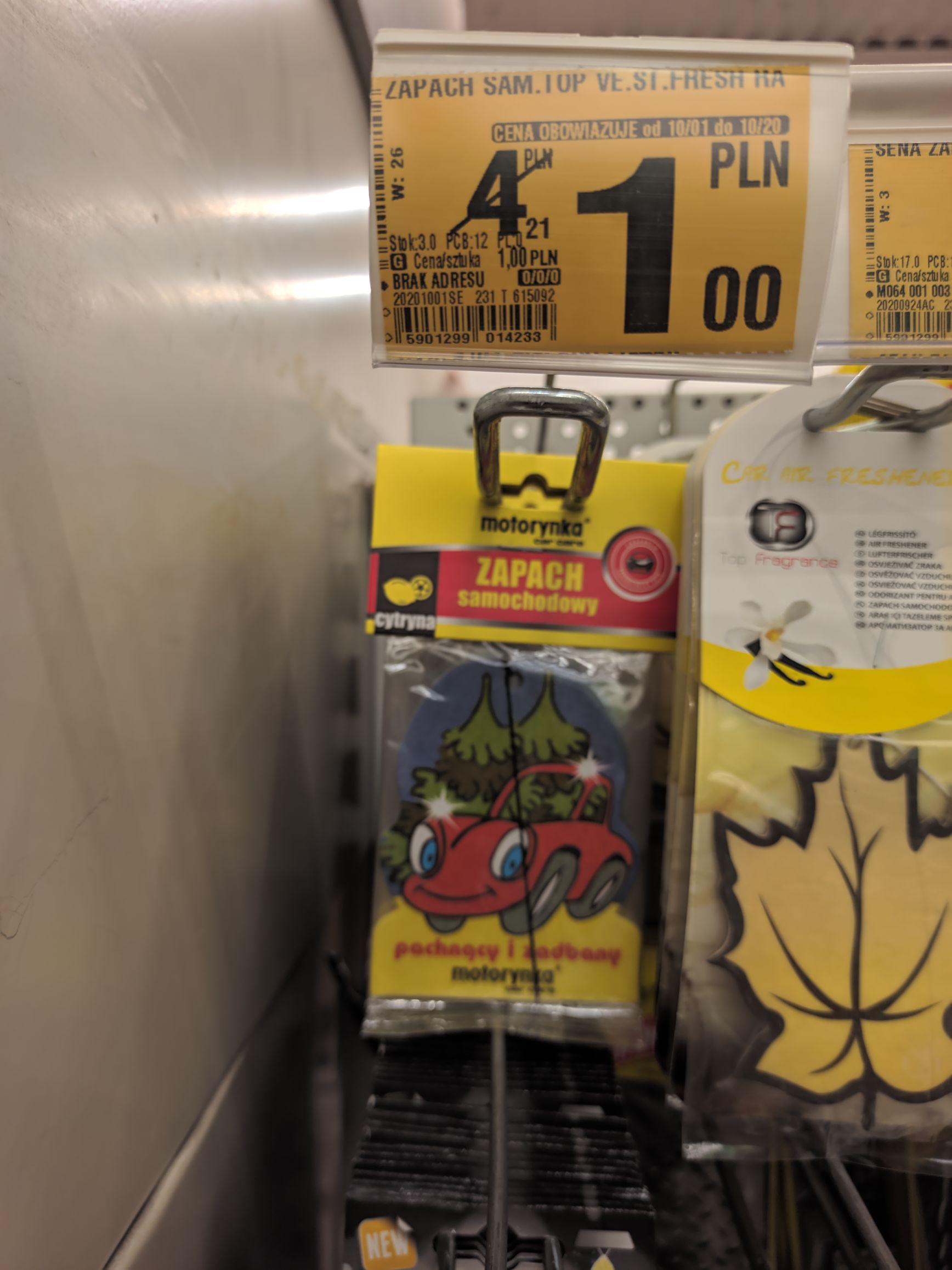 Zawieszka zapachowa do auta i więcej Auchan M1 Marki