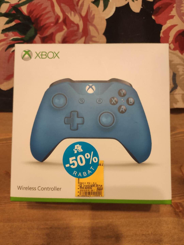 -50% na oryginalne pady Xbox One (niebieski)/ Auchan Modlińska Warszawa