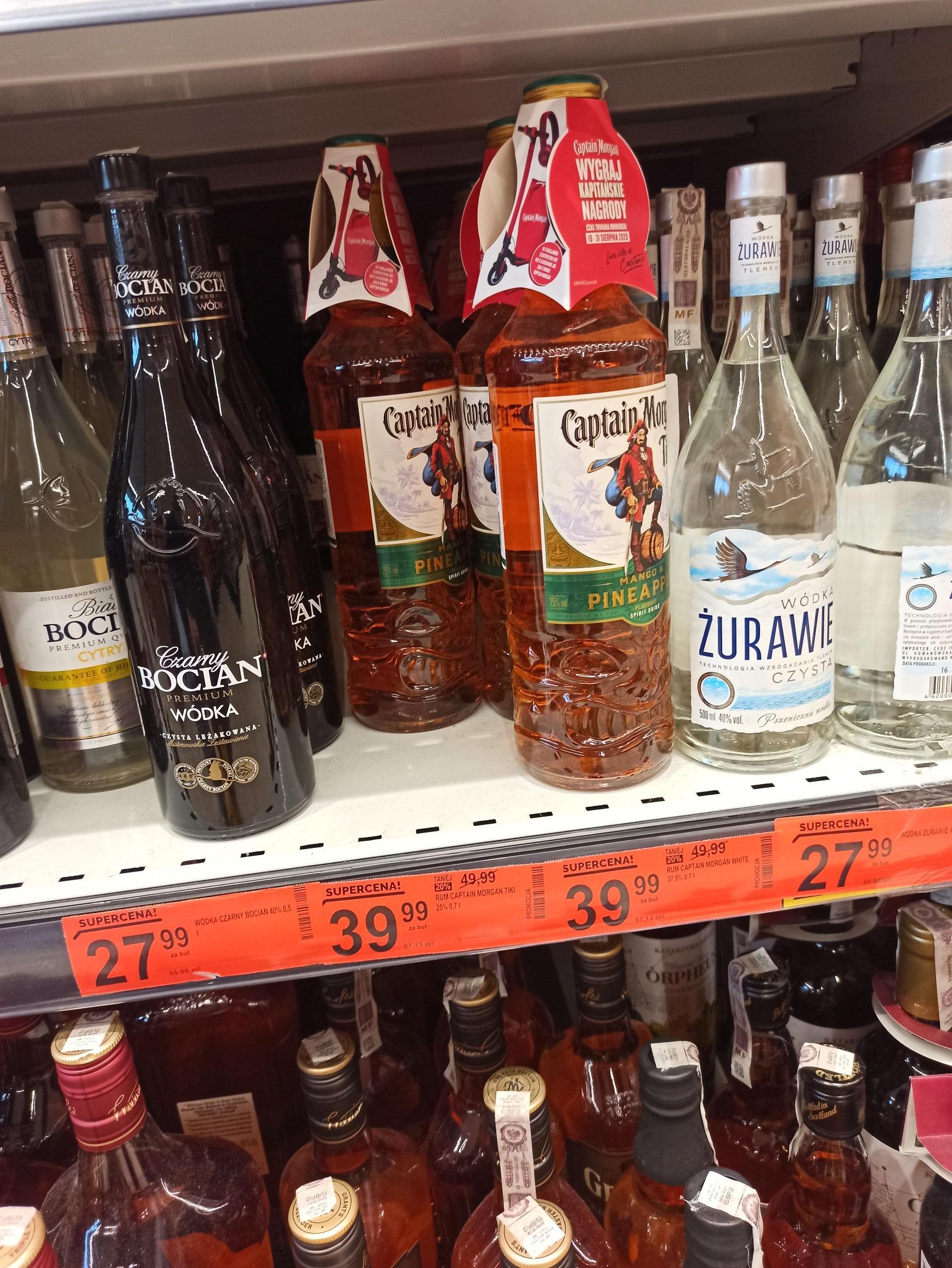 Rum Captain Morgan Tiki Biedronka