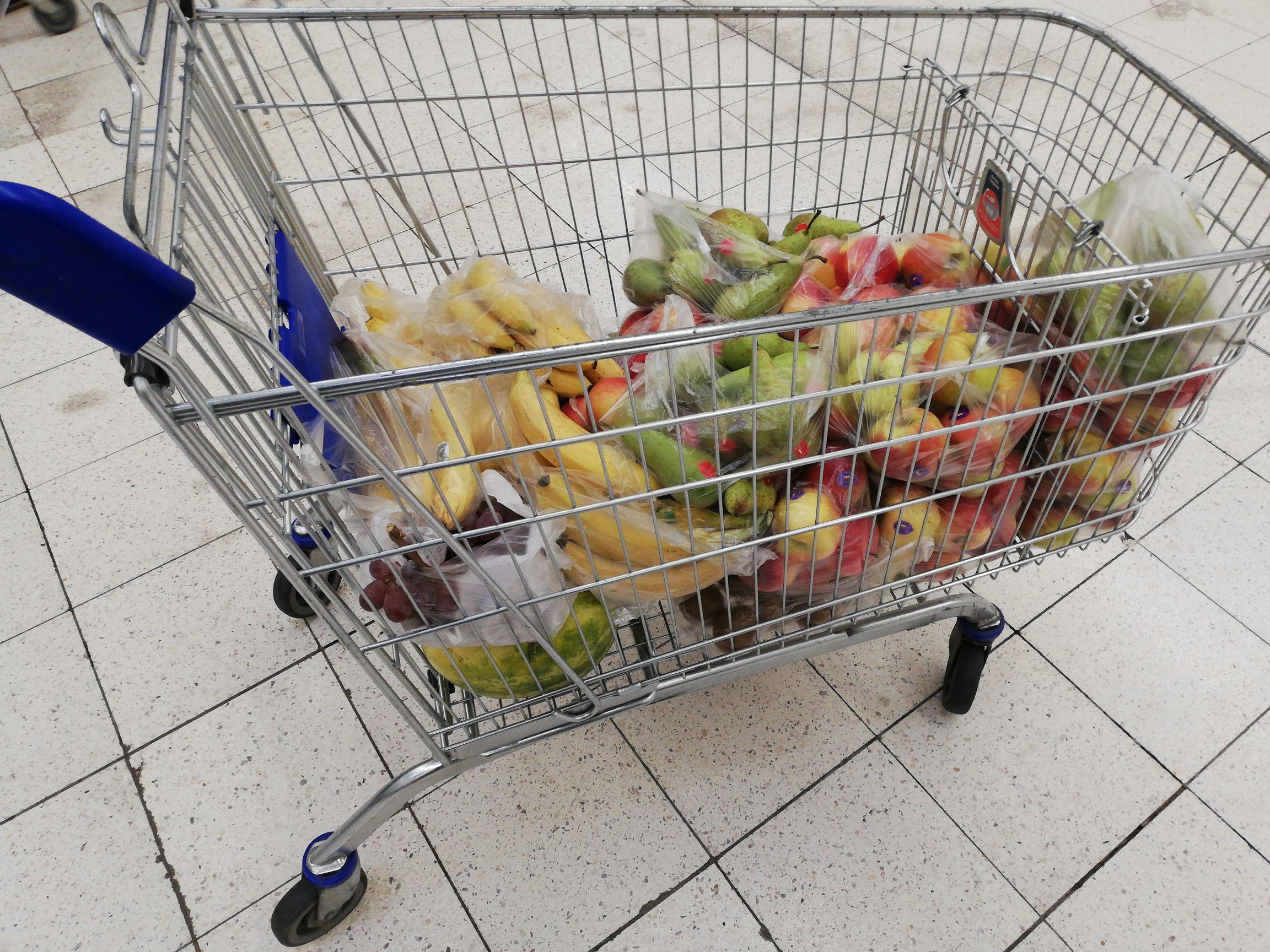 Wszystkie Warzywa i owoce 75% taniej. Tesco Połczyńska