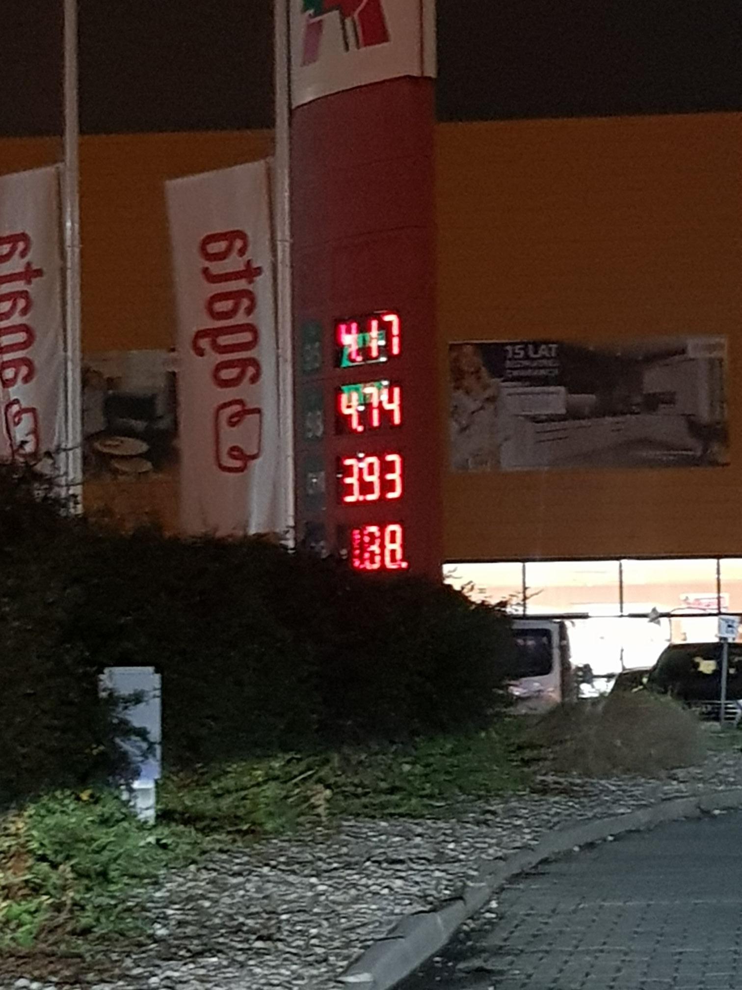 Diesel 3.93 litr @ Auchan