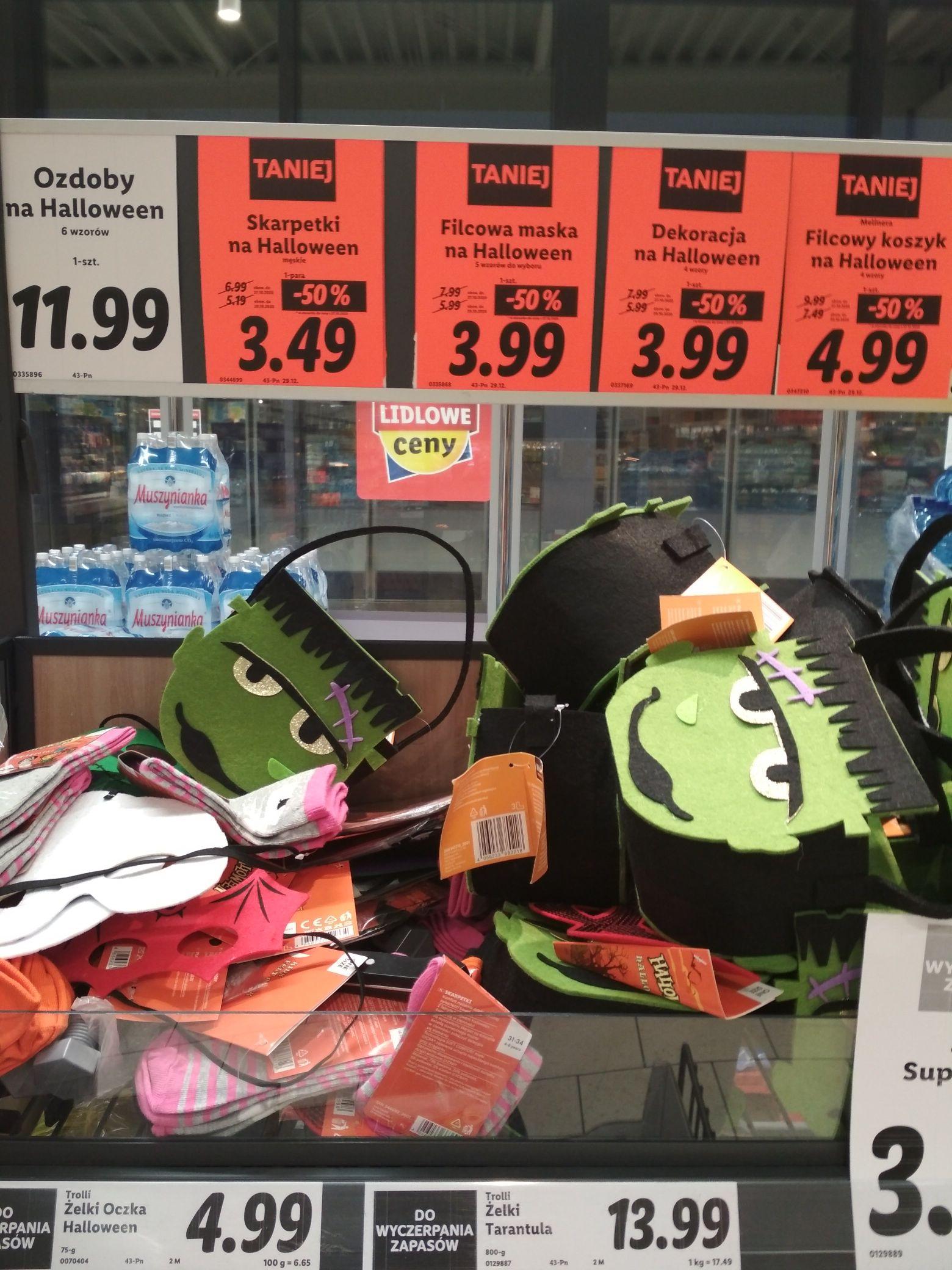 Skarpetki oraz inne wyprzedaże Halloween Lidl