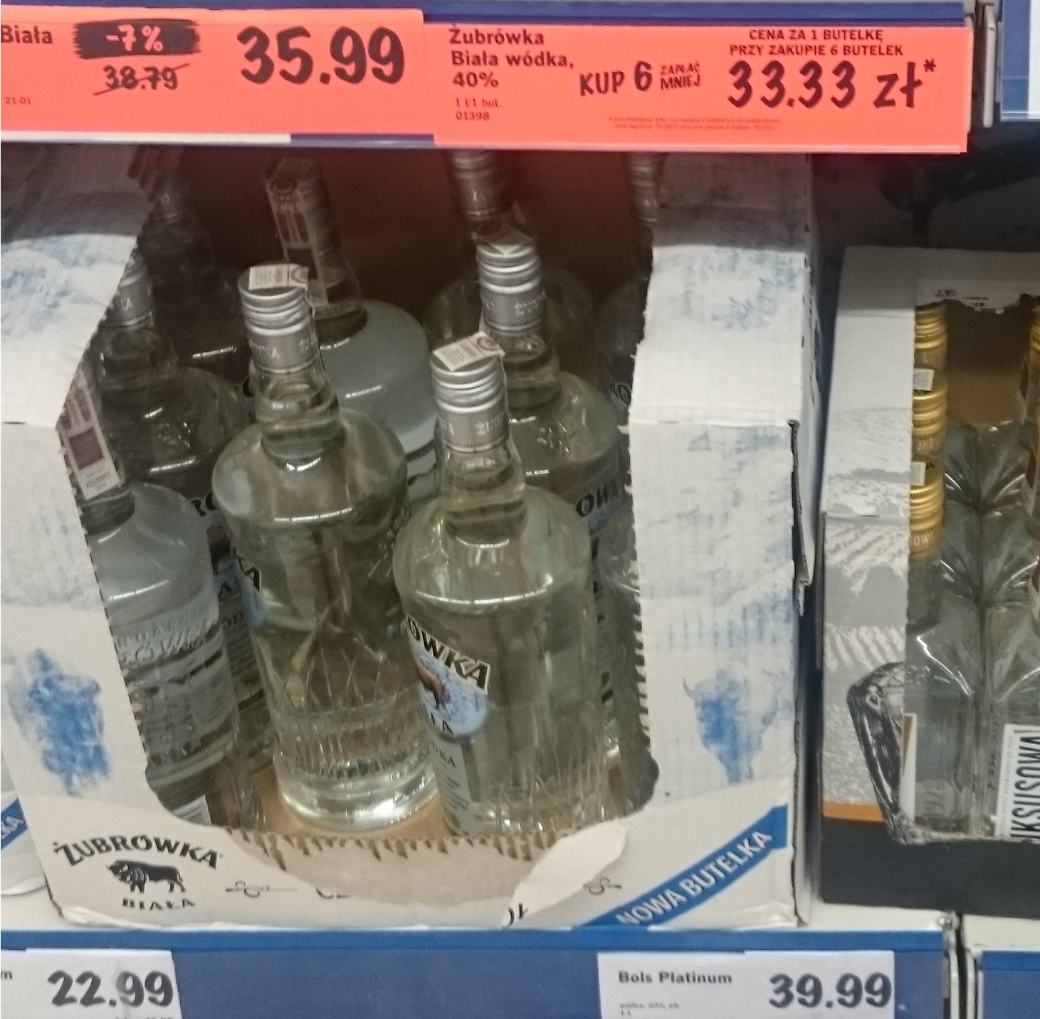 Soplica 1L lub Żubrówka Biała 1L przy zakupie 6 butelek w Lidlu