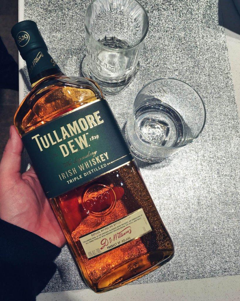 Tullamore DEW 1,0 l w Carrefour W-w (whiskey, whisky)