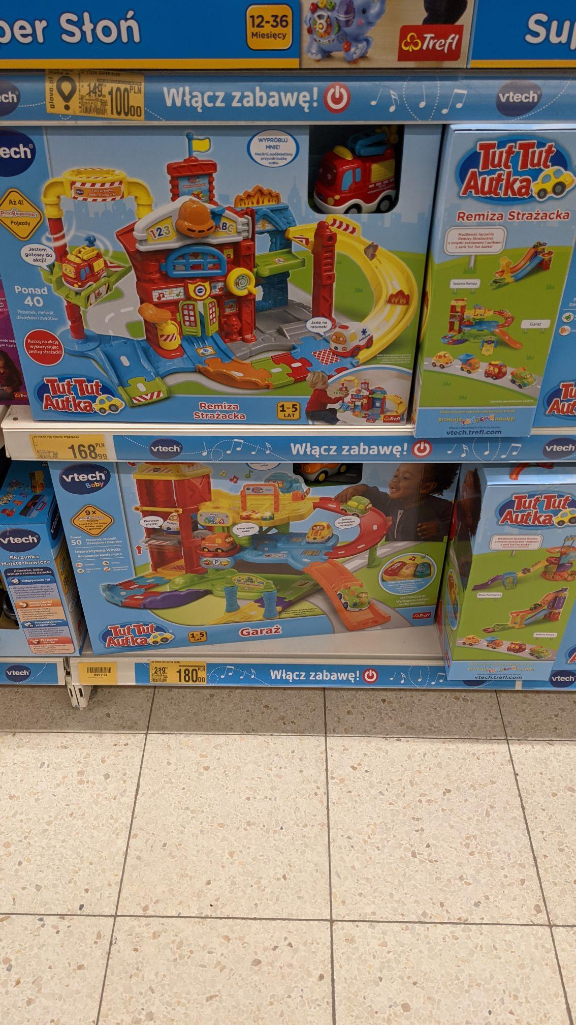 Garaż Vtech 60597 Auchan Szczecin