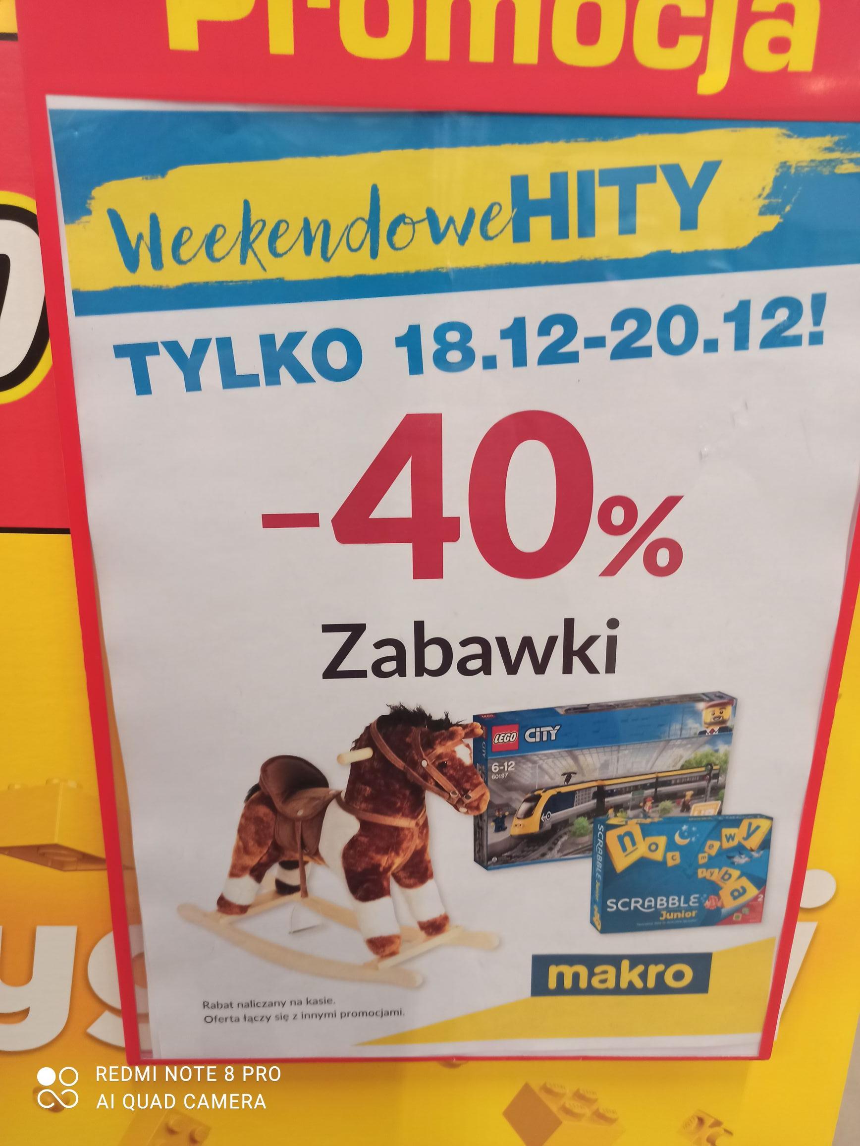 Rabat 40% w Makro na zabawki i klocki LEGO np 42109 za 359,40