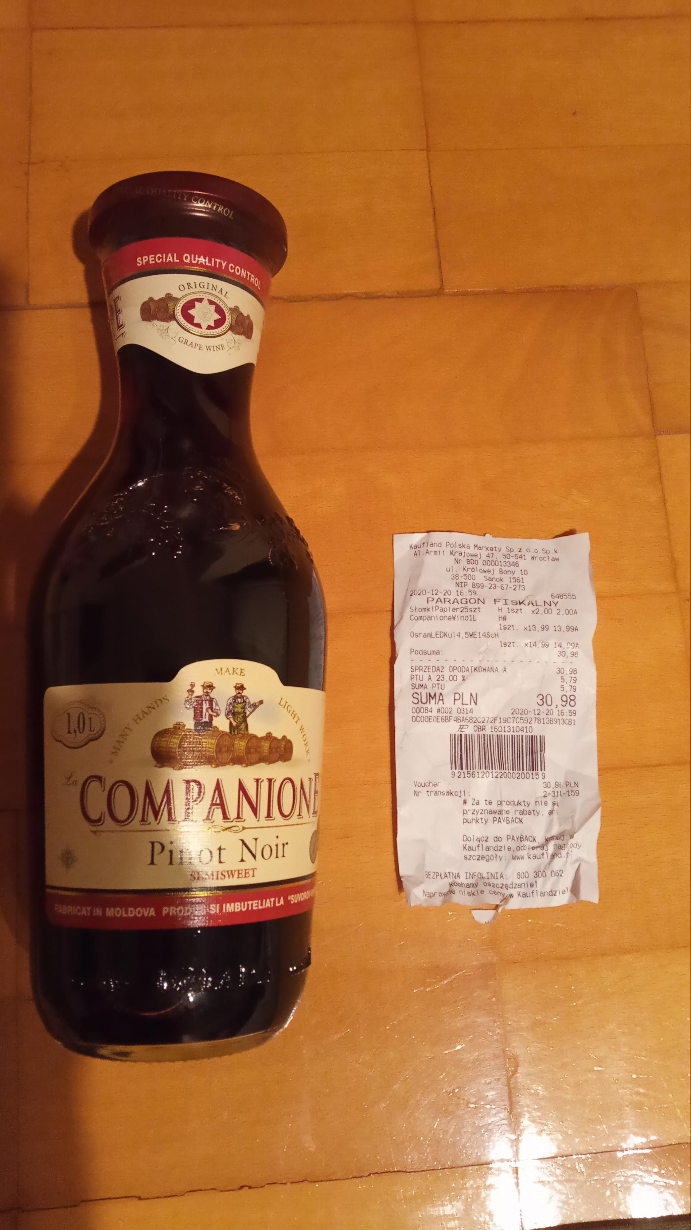 Wino Companione półsłodkie 1L (Kaufland)