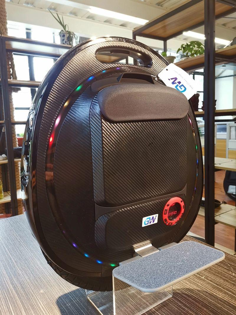 Monocykl elektryczny Tesla V2 Prędkość aż 55km/h i tylko 19 kg wagi wysyłka z Polski