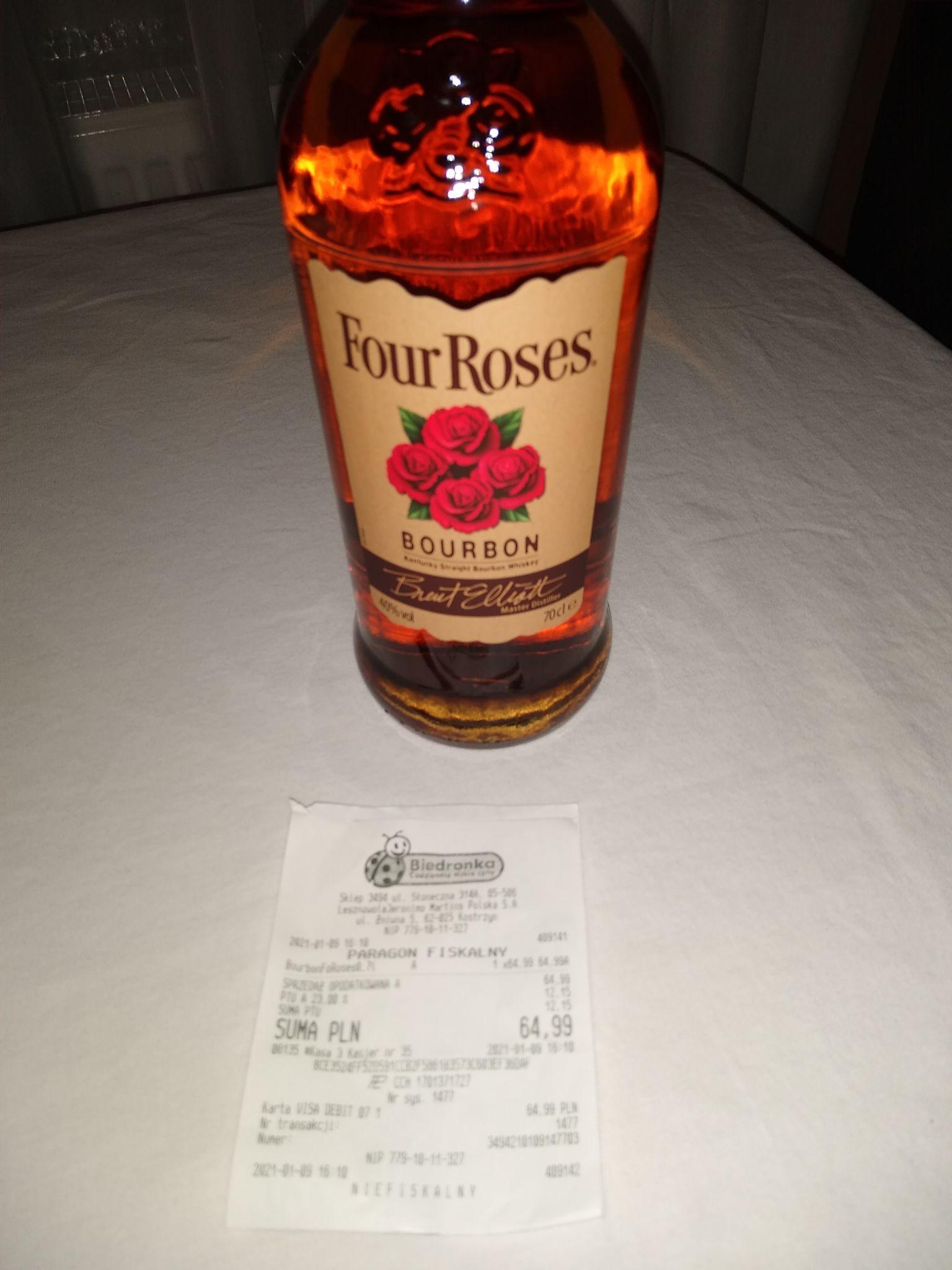 Four Roses bourbon zakupiony w Biedronce w Magdalence.