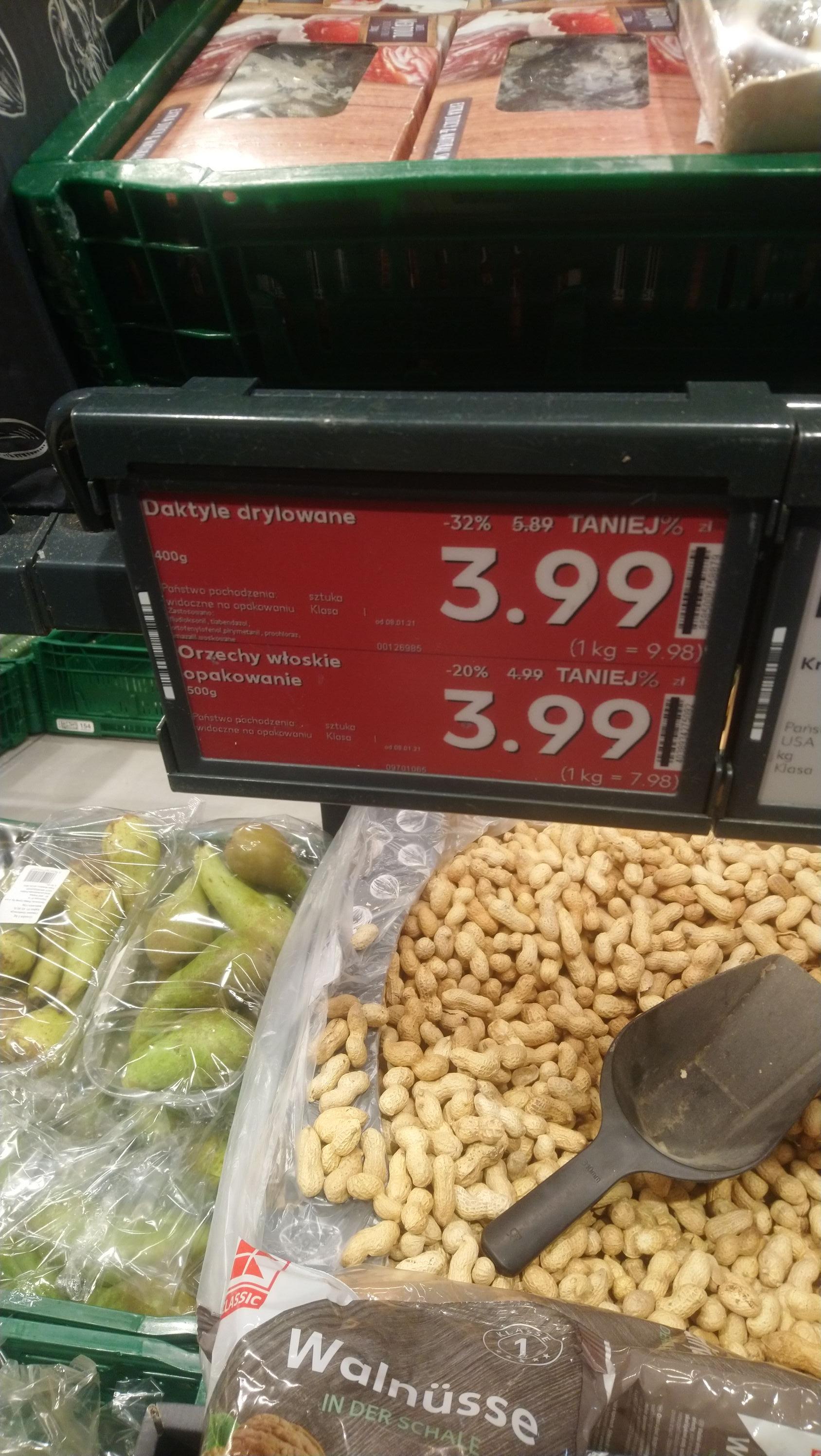 Daktyle drylowane 9,98 kg,Orzechy włoskie 0,5kg 3,99 zł, Kaufland Siemianowice