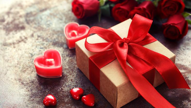 Inspiracje walentynkowe - pomysły na prezenty - zestawienie promocji