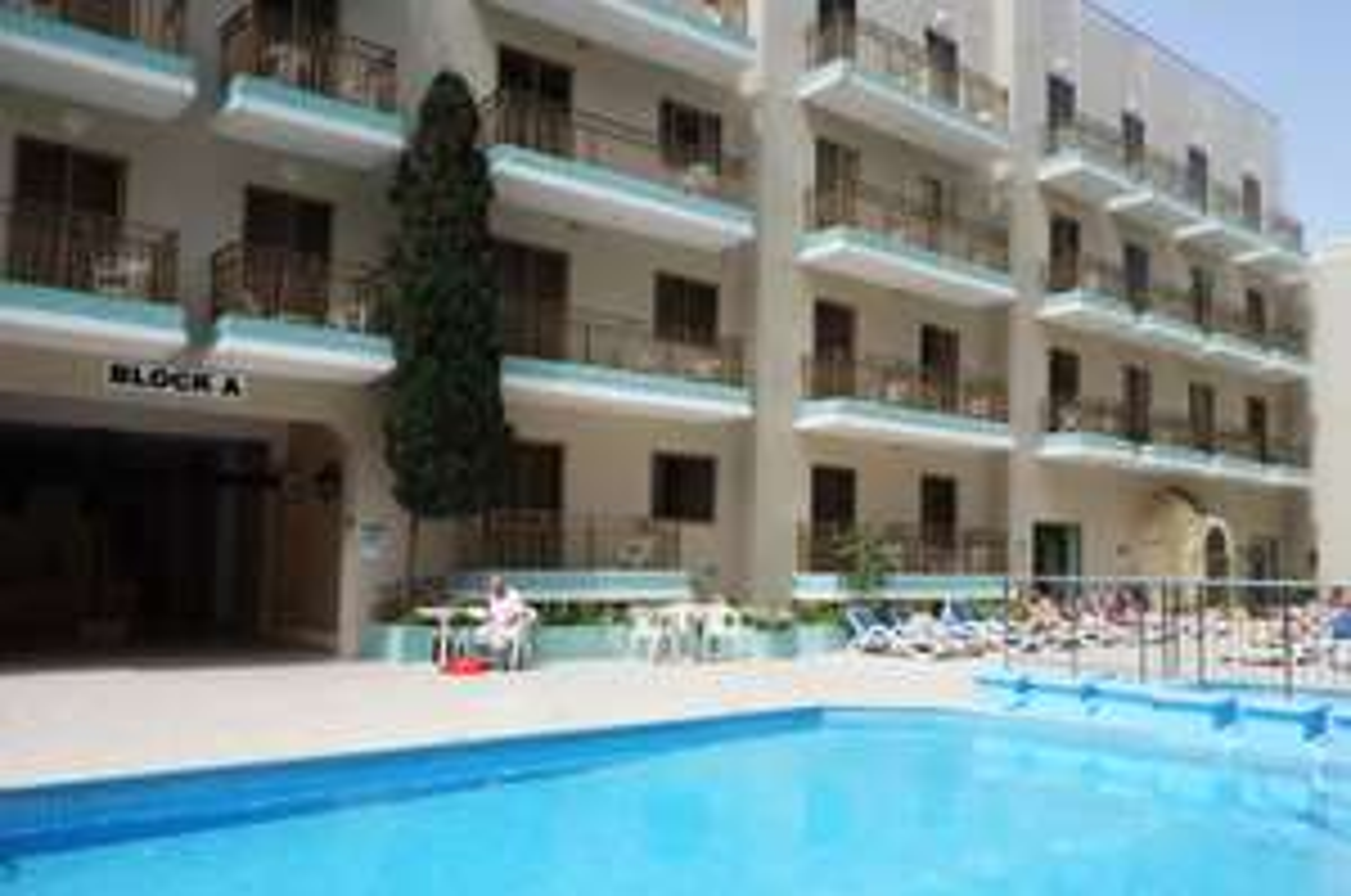 Lot z biurem Podrózy na Maltę z Krakowa w tym Hotel na 7 dni