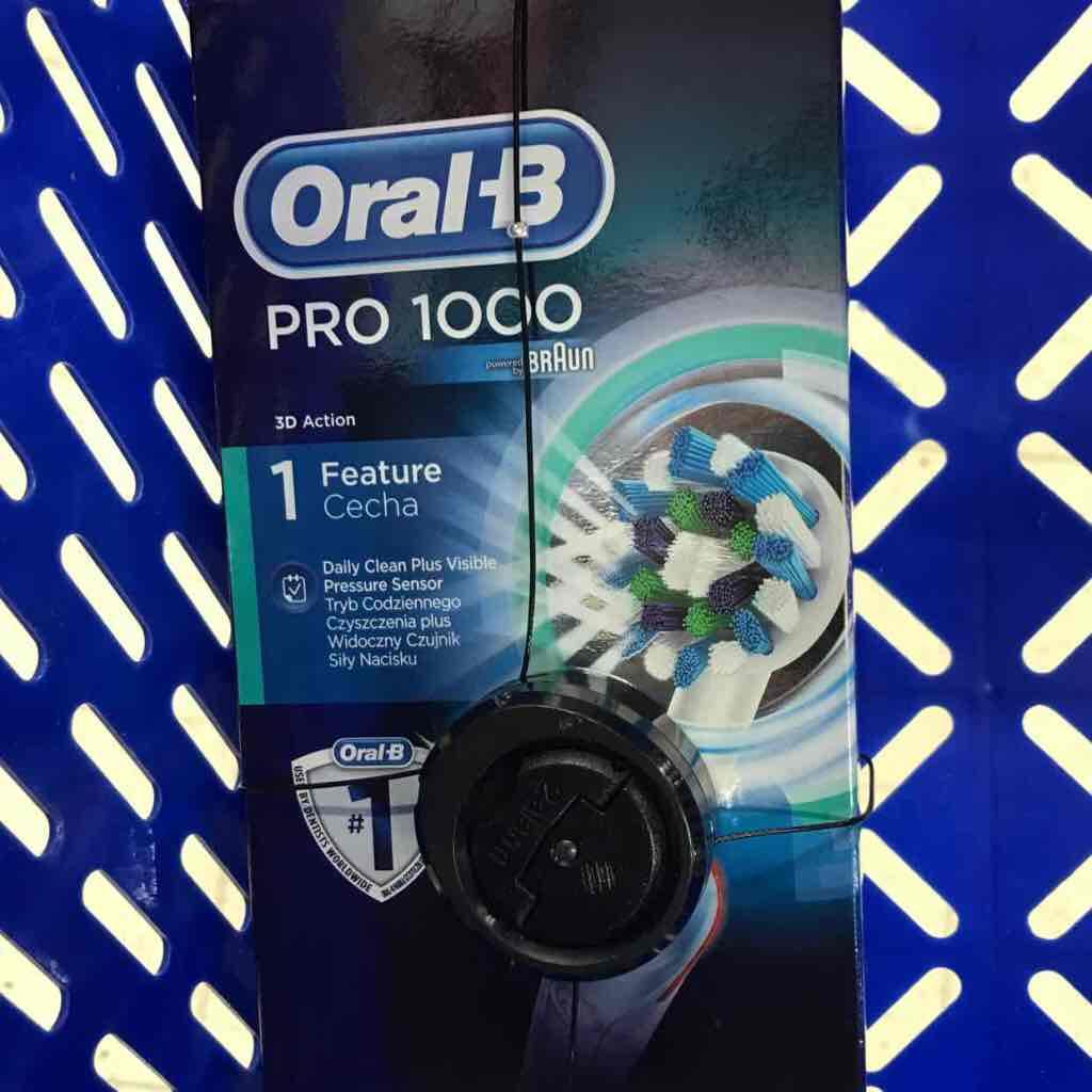 Szczoteczka Oral-B Pro 1000