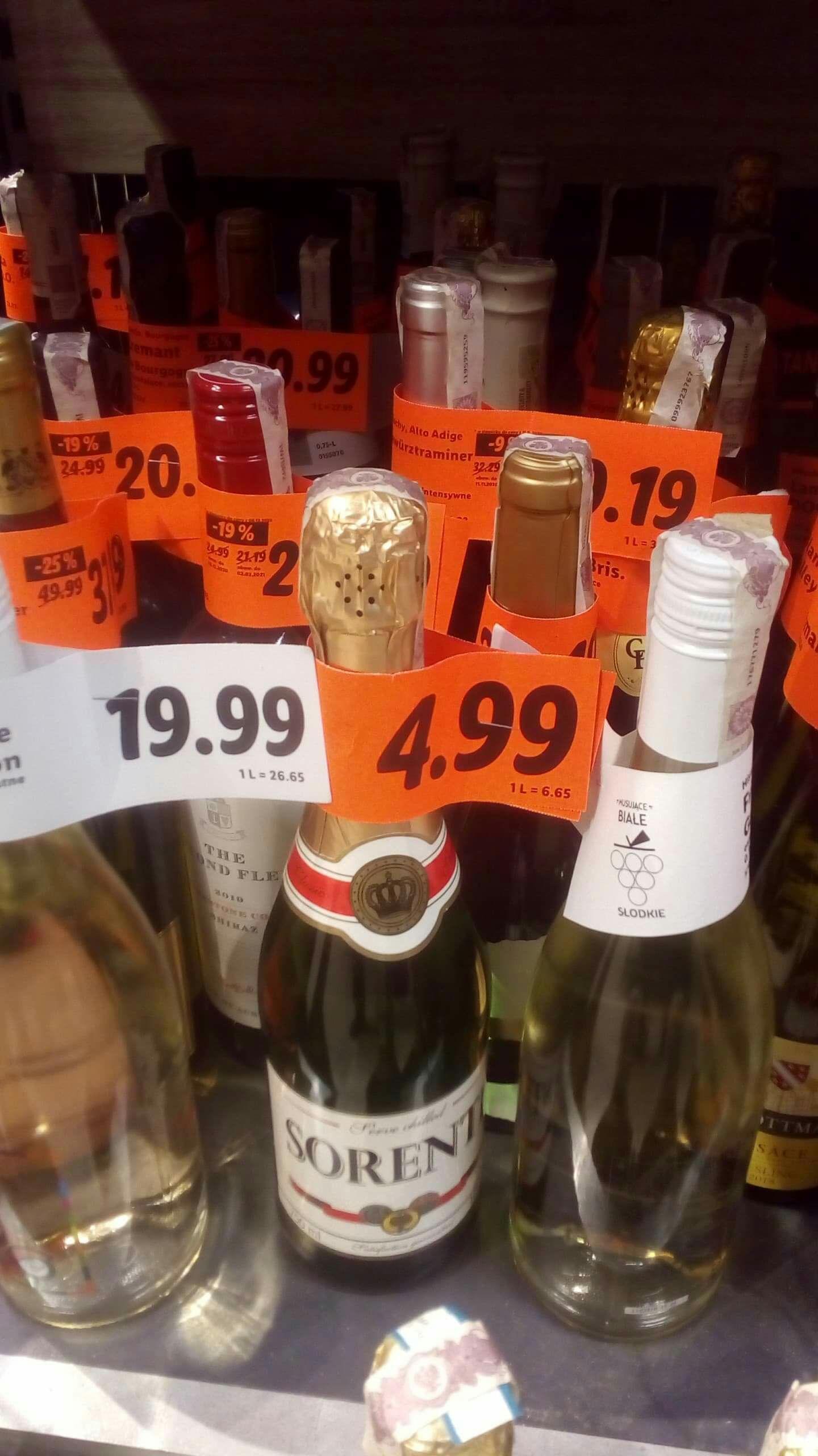 Wino półsłodkie musujące Lidl