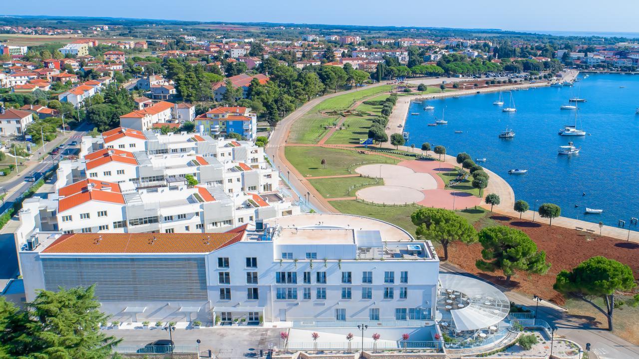 Tydzień w Chorwacji na Boże Ciało za 818 PLN/os w 4* apartamentach przy morzu! Kwiecień od 568 PLN/os!Dojazd własny