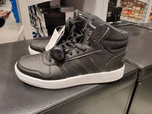 Wrocław Fashion Outlet / Factory buty Adidas Hoops 2.0