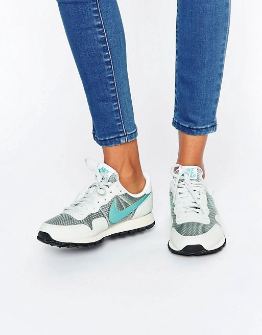 Adidas Originals ~192zł, Nike Air Pegasus ~175zł @ Asos