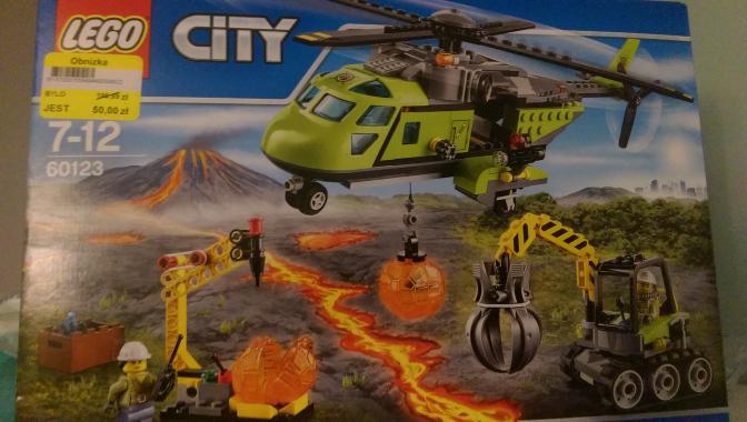 LEGO City 60123 Helikopter dostawczy @ Tesco